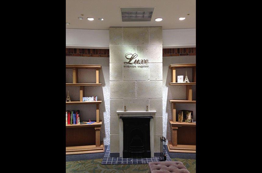 Luxe armoire caprice 新宿高島屋